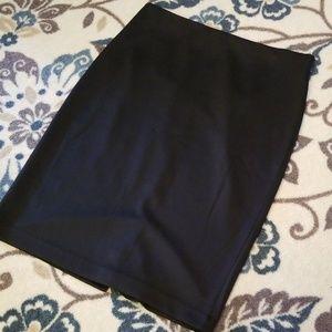 💥💥NWOT Worthington Black Skirt.